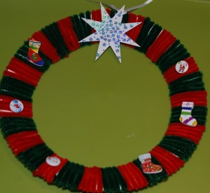 Pipe cleaner wreath