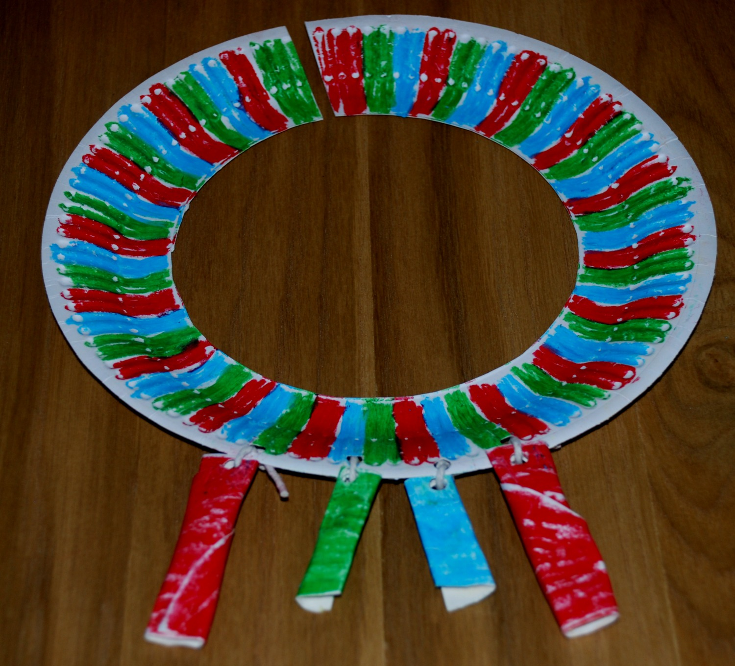 African necklace craft for kids ofamily learning together for Necklace crafts for kids