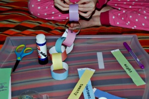 paper chain making