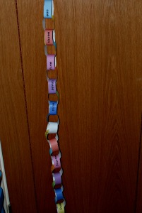 paper chain number complete