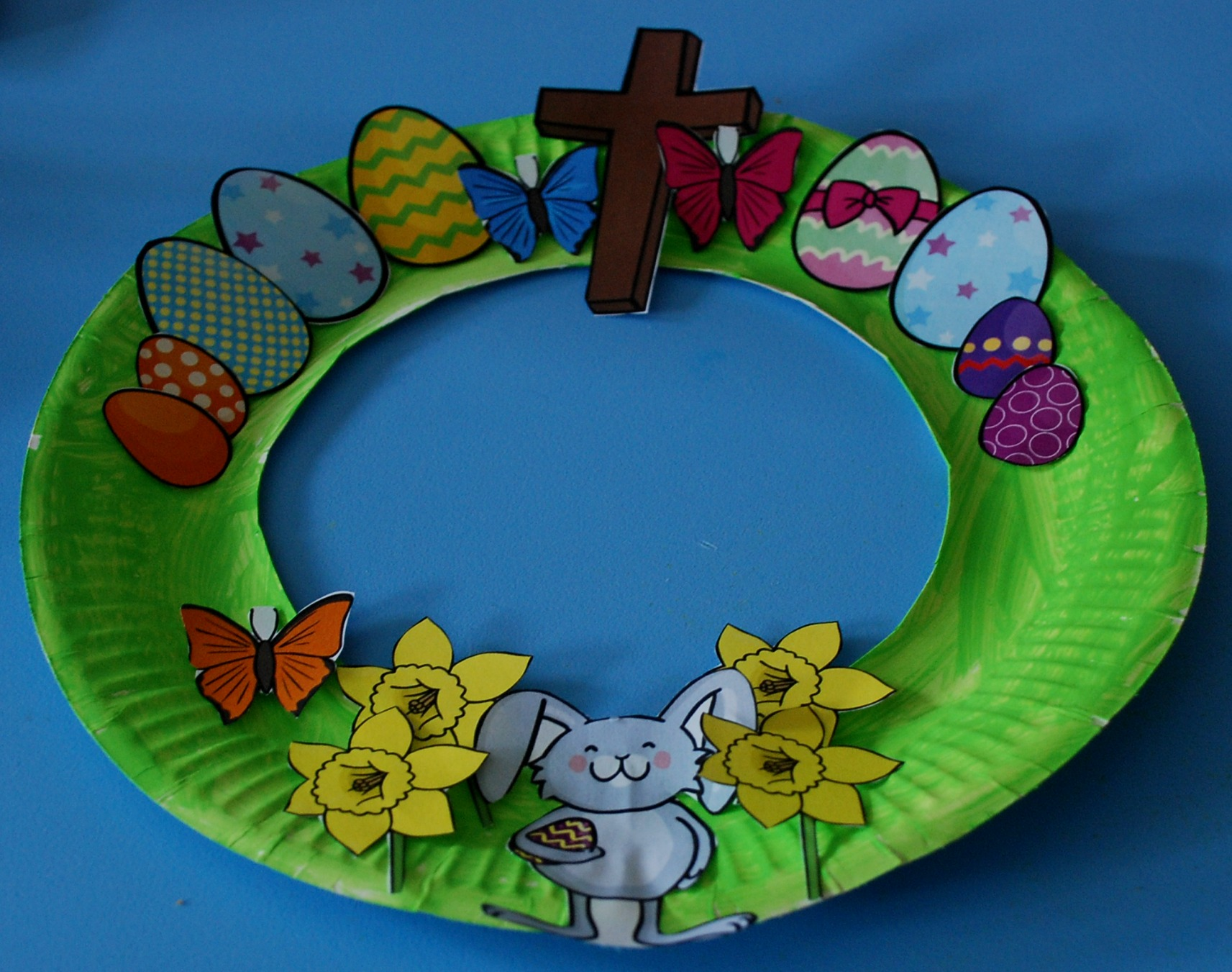 Easy Easter Wreath For Kids To Make