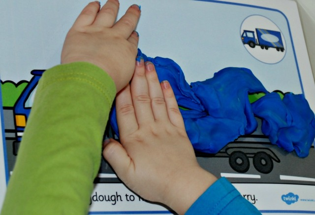 Free to download Twinkl Transport playdough mats