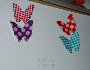 2 times table with the butterflies
