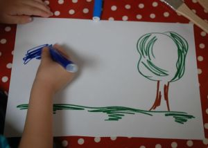 Making a tree scene with the felt tip pens or marker pens
