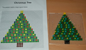 Christmas tree Hama bead pattern from Activity village