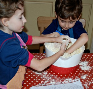 rusk baking with little kiddies