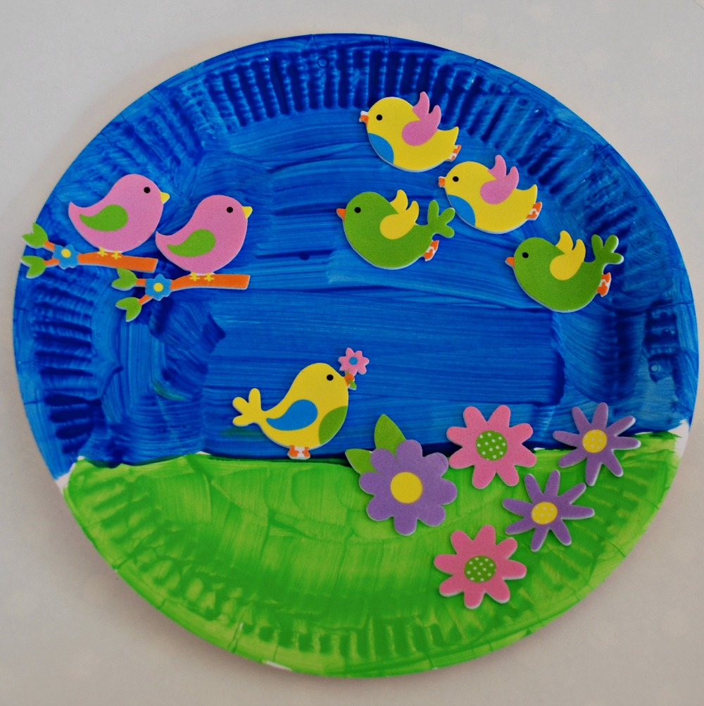 Paper plate and sticker spring garden picture & Paper Plate and Sticker pictures for younger kids | ofamily learning ...