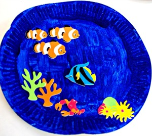 Paper plate under the sea picture