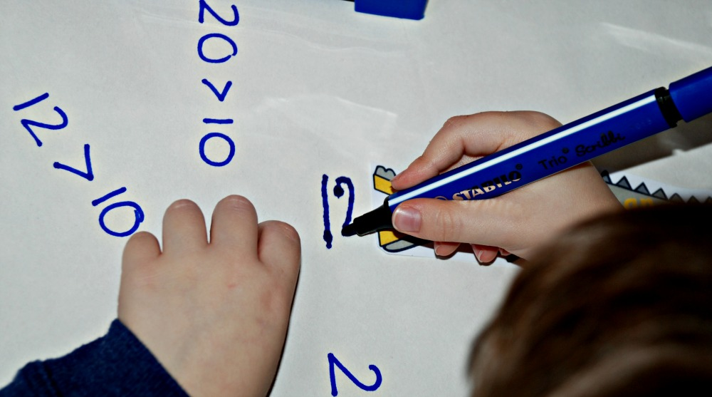 writing out numbers When writing numbers, commas and points are used as separators both in german and english they are, however, placed differently.