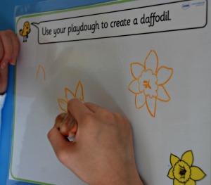 Drawing a daffodil