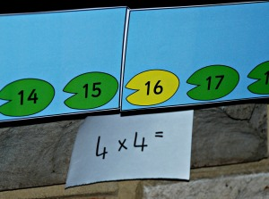 4 times table practice with the lillypad number line from activity village