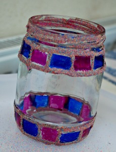 Decorating glass jars with sharpies and coloured sand
