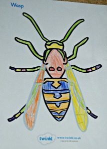 Minibeast wasp colouring page