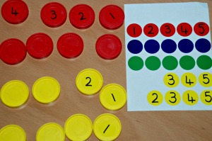 Connect 4 games - setting it up by using stickers