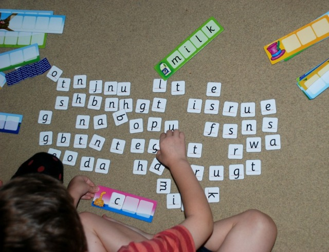 orchard-toys-match-and-spell-game-great-way-for-kids-to-practice-spelling