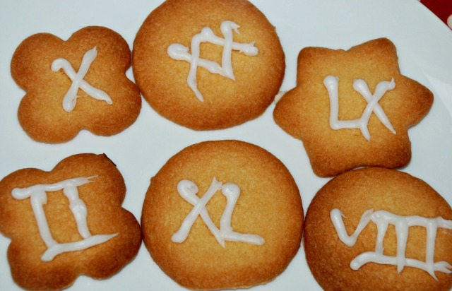 Ancient Roman Activity to do with Kids. Bake some vookies with Roman Numerals on them