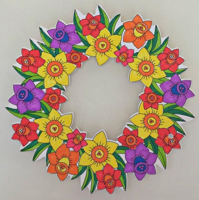 Baker Ross Flower wreath