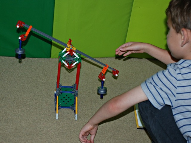 K'NEX Educational Levers & Pulley Set. The balance.