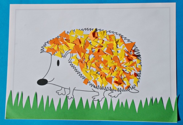 Add cut-off bits of coloured paper to the colouring page to get a crafty hedgehog