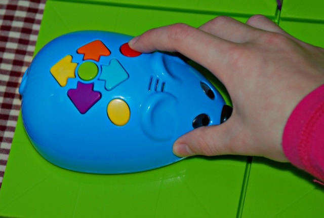Programming Colby the mouse using the buttons ontop of the mouse