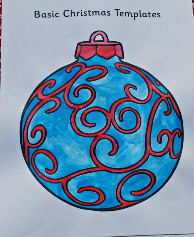 Basic Christmas Templates from Twinkl Resources. A painted bauble