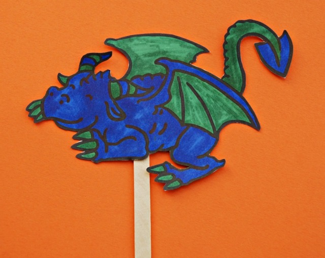 Toothless Stick Puppet. Free to download as part of the How To Train Your DRagon stick Puppet set from Twinkl Resources