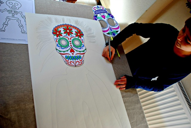 Drawing a body to go with the Day of the Dead head