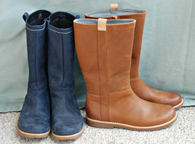 Comfy girls boots from Clarks. Our winter solution for a sensory kid