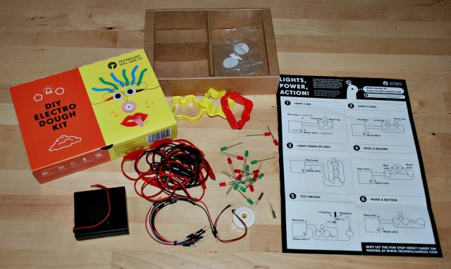 DIY Electro Dough Set unpacked