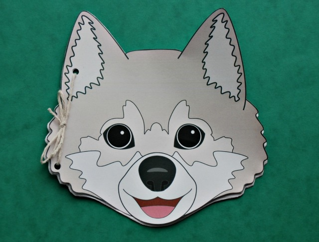 Wolf Booklet for kids. Turn a mask into a booklet for the kids to write in